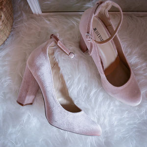 JustFab Joselyn Pump in Blush Velvet